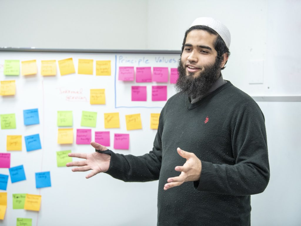 Ahmed Makki presenting in i-Lab