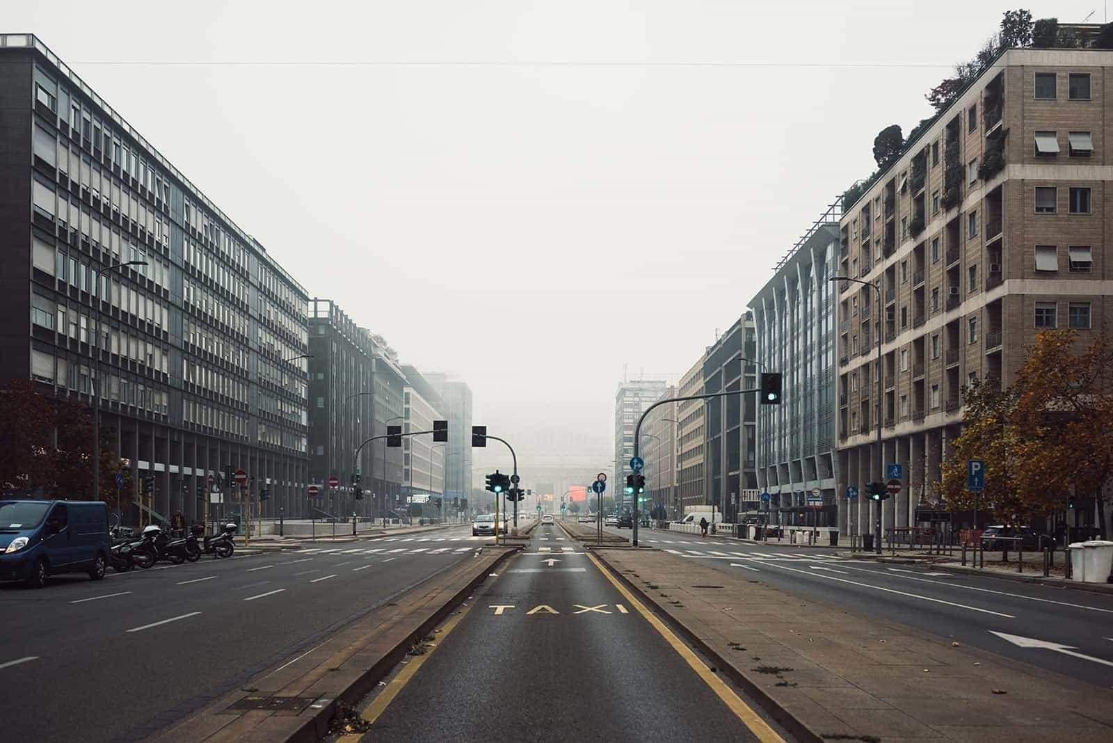 photo empty street milan