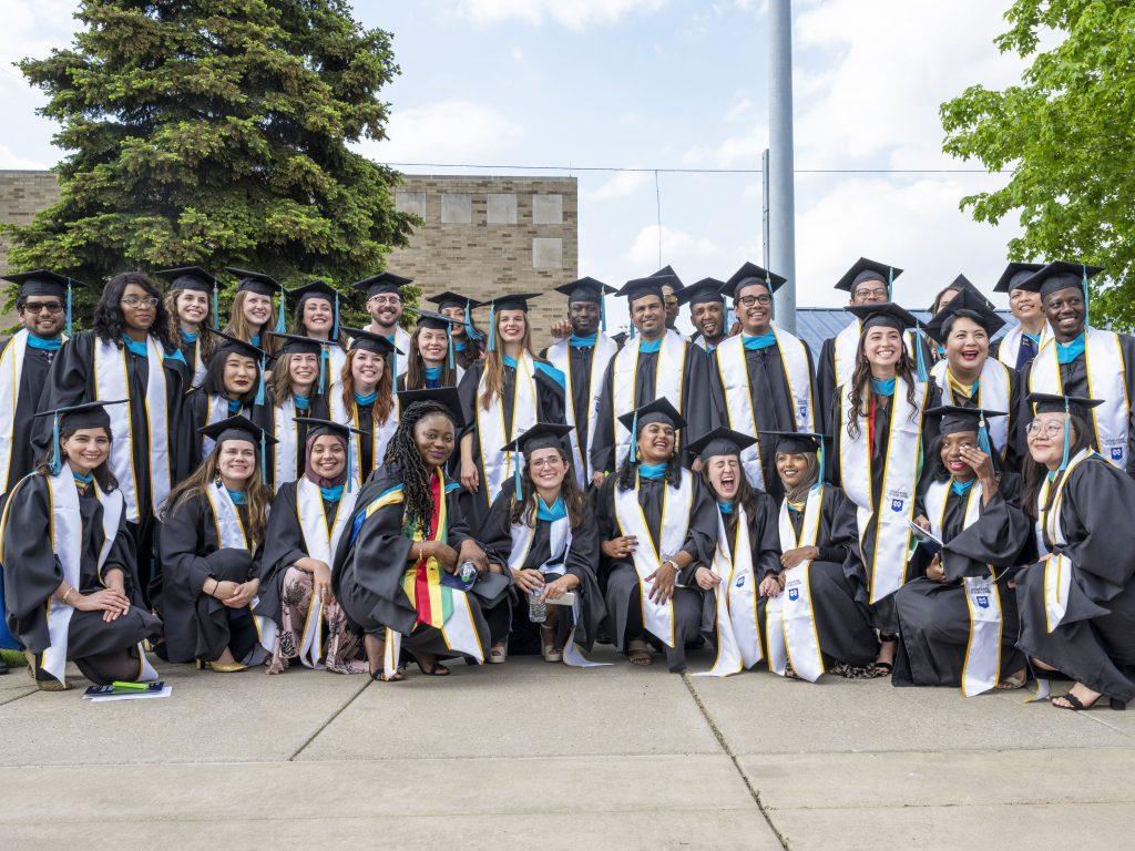 group photo of MGA class of 2021